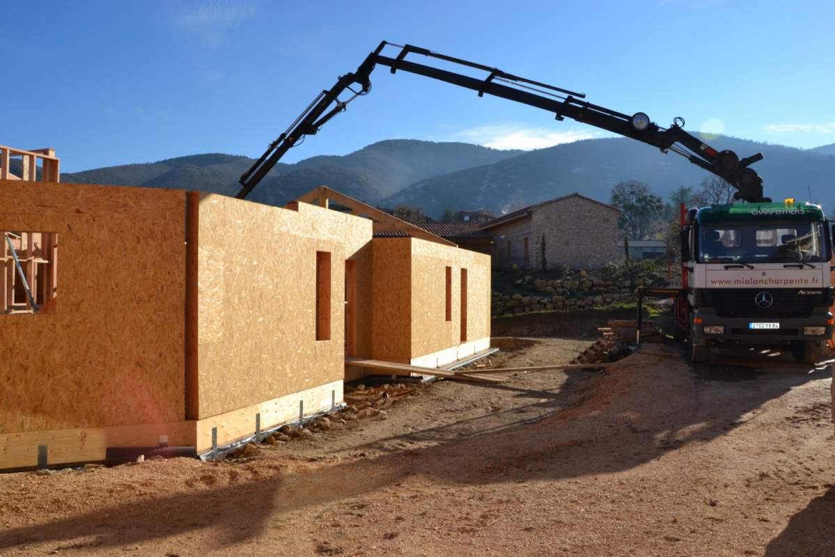 Fabricant de maisonà ossature bois passive sur mesure en Luberon Constructeur de maisons  # Fabricant De Maison En Bois