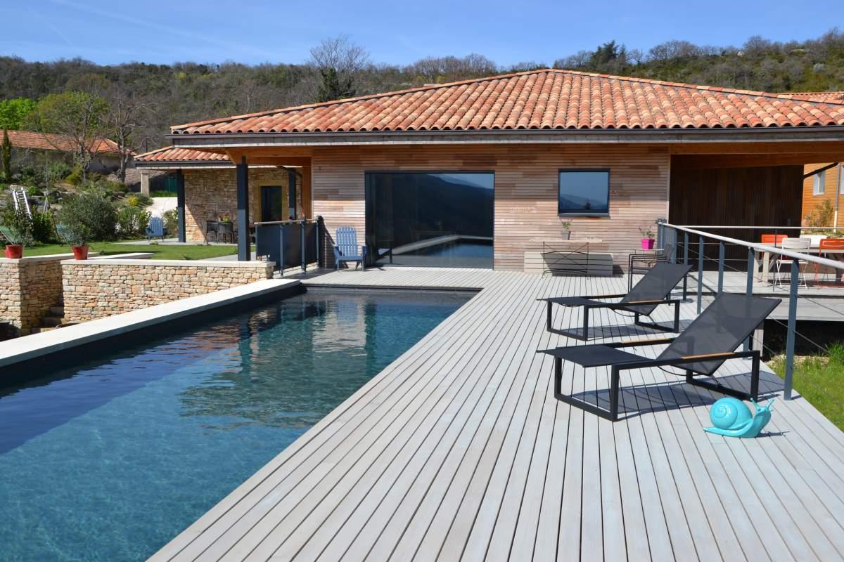 Fabricant de maison ossature bois passive sur mesure en for Maison avec terrasse en bois