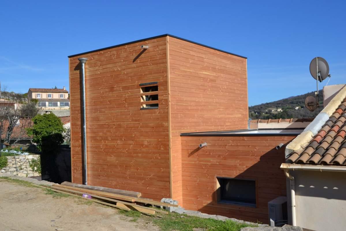 maison bois toit terrasse ossature bois vers beaune maison ossature bois piscine couverte. Black Bedroom Furniture Sets. Home Design Ideas