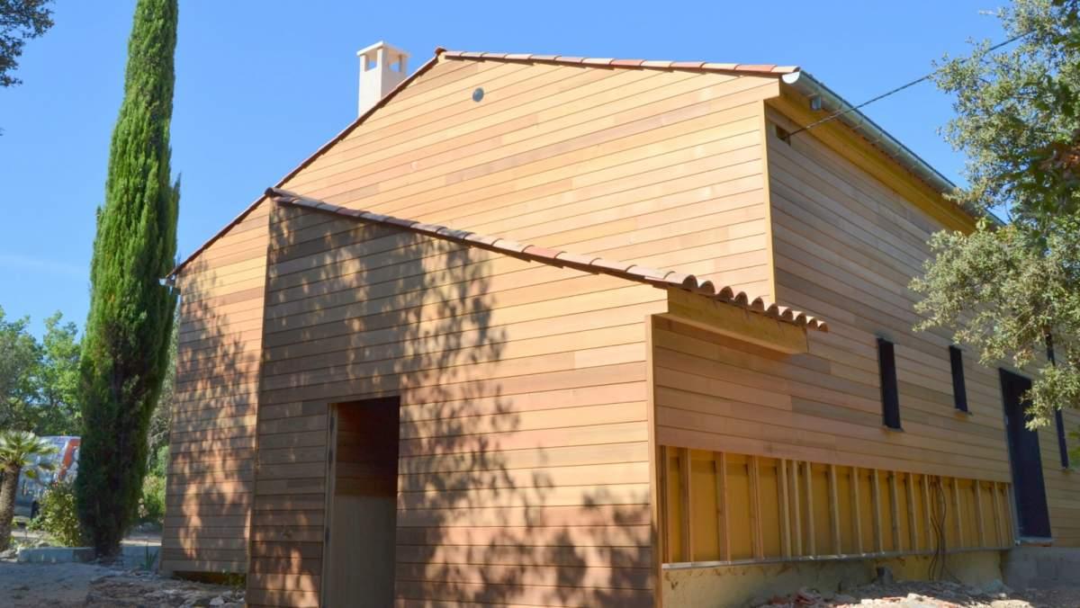combien co te une maison ossature bois constructeur de maisons cologiques en provence. Black Bedroom Furniture Sets. Home Design Ideas