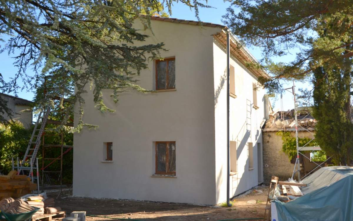 Extension ossature bois d 39 une maison traditionnelle for Constructeur maison aix en provence