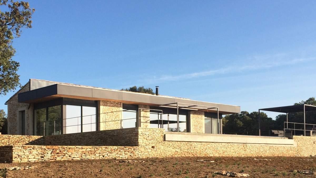 Construire une maison d 39 architecte gordes en provence - Maison ossature bois haut de gamme ...