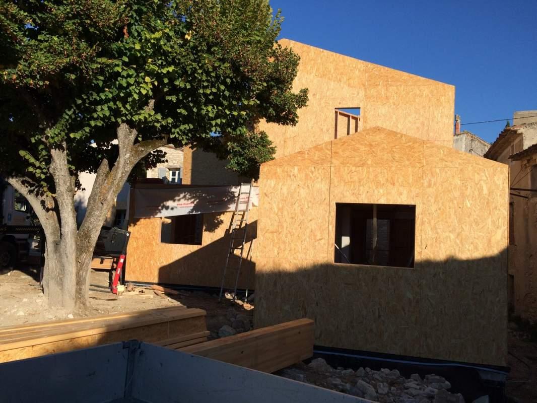 Recherche un artisan pour construire ma maison en bois en for Construire ma maison