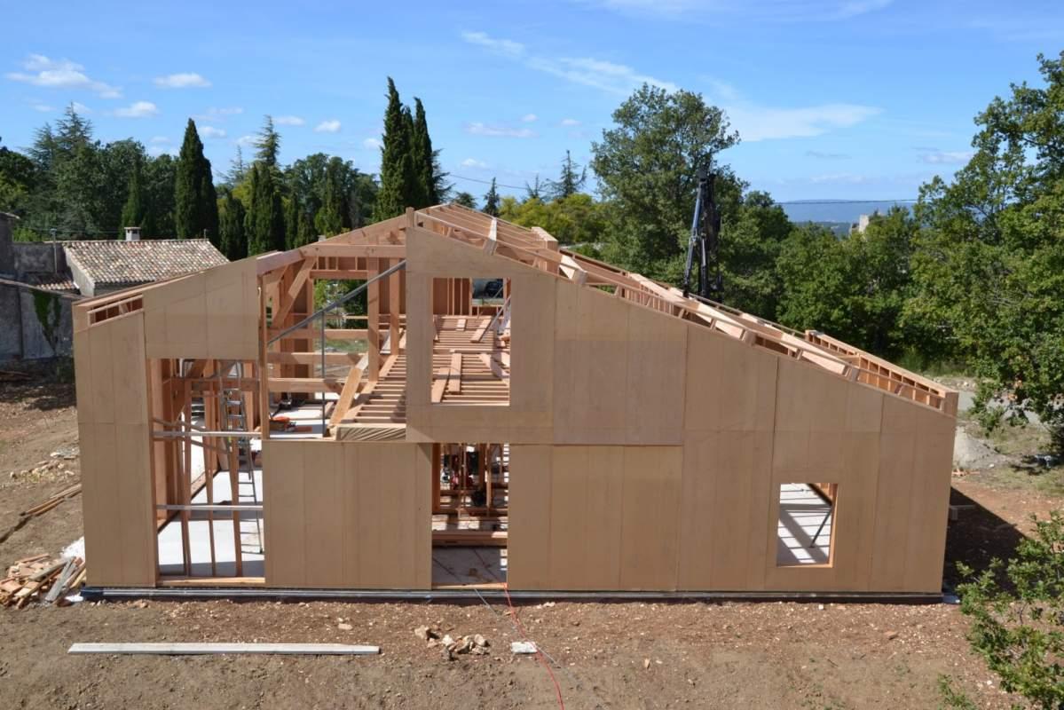 Fabricant de maison ossature bois bioclimatique for Constructeur de maison bioclimatique