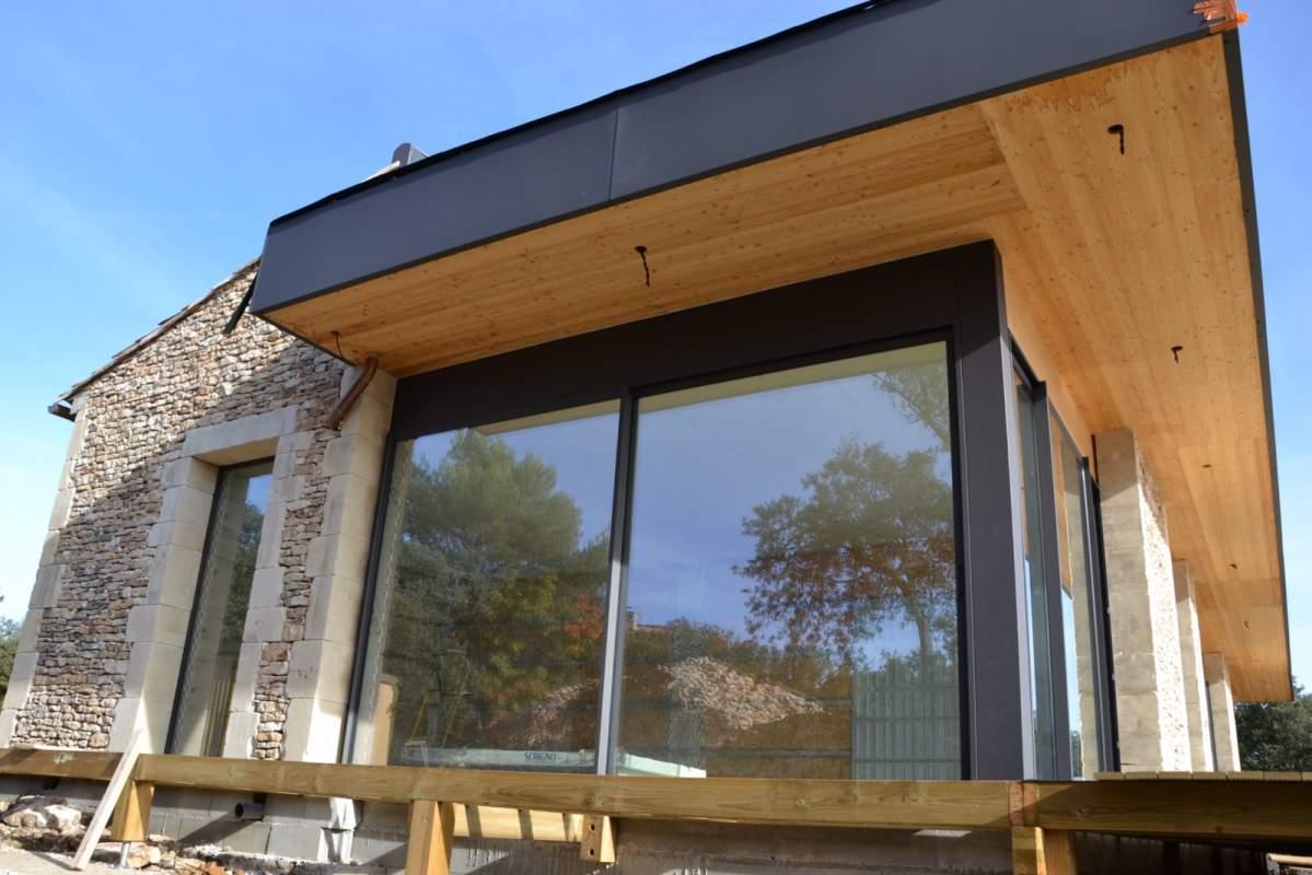 construction de maison bois moderne en bois lacoste 84