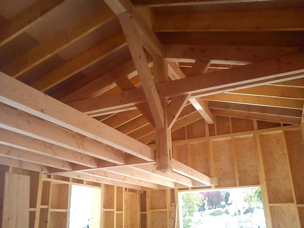 vos charpentiers bois en luberon constructeur de maisons cologiques en provence mialon. Black Bedroom Furniture Sets. Home Design Ideas