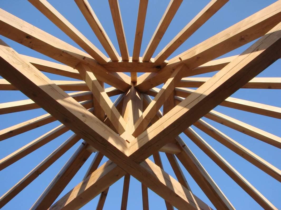 r habilitation de la toiture et charpente bois d 39 un mas lourmarin constructeur de maisons. Black Bedroom Furniture Sets. Home Design Ideas
