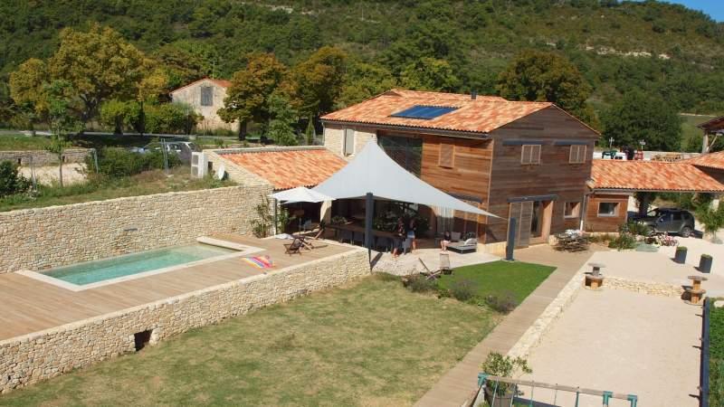 R alisations de maisons ossature bois vaucluse mialon for Constructeur maison vaucluse