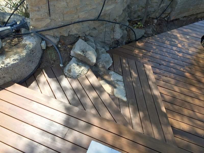 de terrasse bois et deck de piscines à Maubec 84660 Monts de Vaucluse